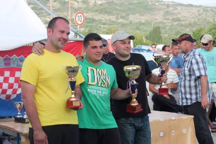 Ivan Pavlović (u sredini) s najvećim rivalima ovogodišnjeg prvenstva Zoranom Vidmarom i Marinom Nežićem